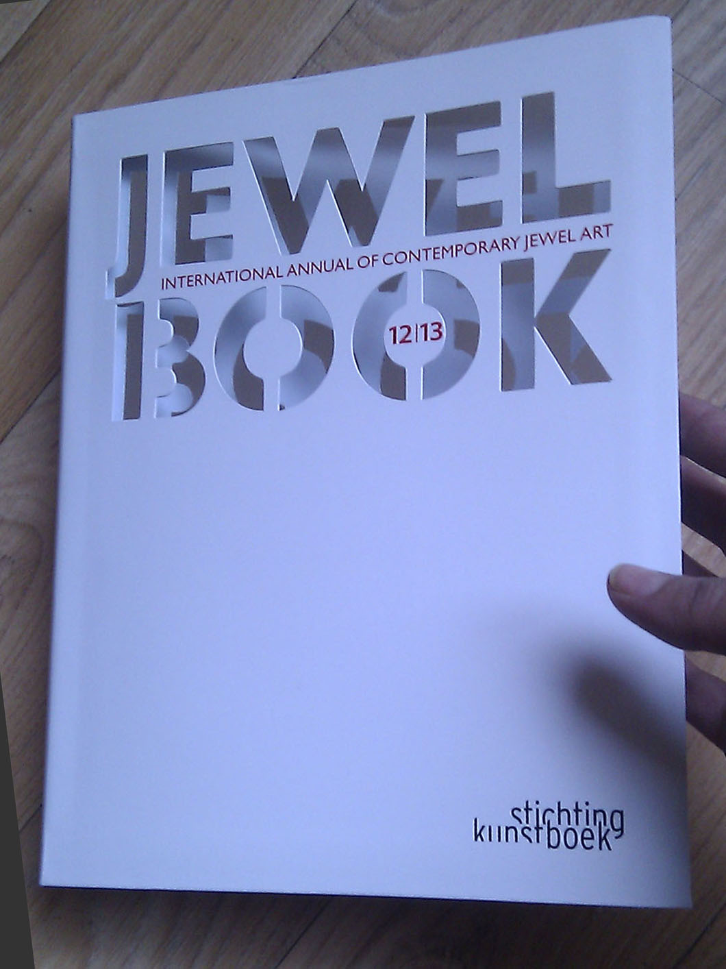 Parution dans JEWEL BOOK