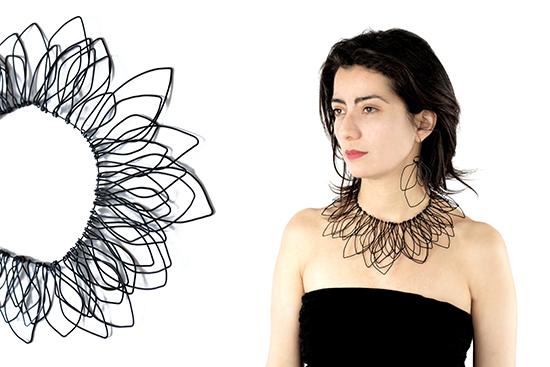 andrea-pineros-bijou-contemporain-metal-nervure-collier-aiglenoir