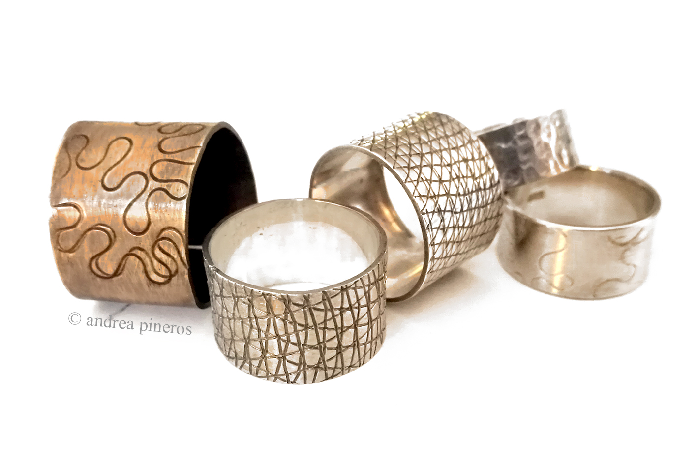 Stage bijoux – textures sur métal